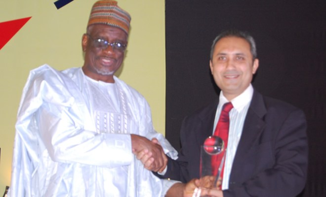 Former Minister of Defence and Minister of Communications, Bello Mohammed Halilu and Customer Service Director, Airtel Nigeria, Ajay Bakshi