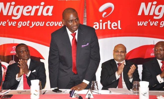 Airtel CEO Segun Ogunsanya flanked by (l) Olu Akanmu, Deepak Srivatsava, ED and Inusa Bello at launch of new campaign