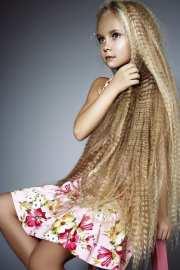 longest hair women- 30 girls