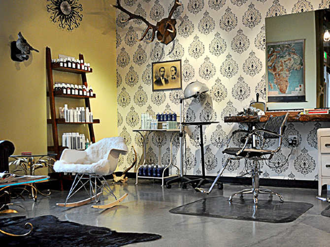 New Beauty Vintage Lounge
