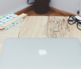 macbook-871660_1280