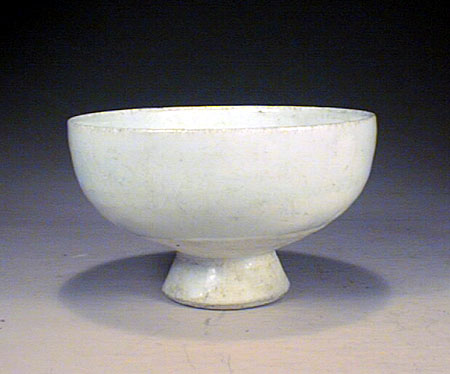 Qing-Bai high foot cup, Yuan dynasty 1280-1368.