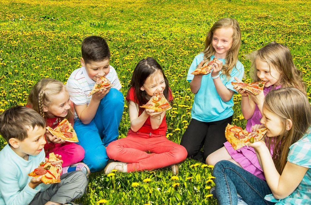 ¿Cómo organizar el mejor pizza party?