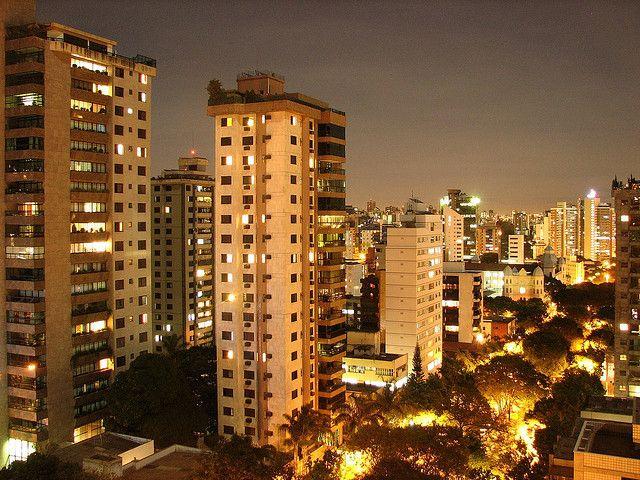 Avenida Carandaí, en Belo Horizonte. Foto: C. Oliveira