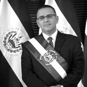 Mauricio-Funes2