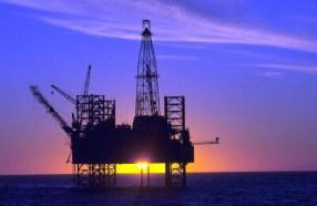 Produção de petróleo e gás em abril cresce em relação a março e a 2018