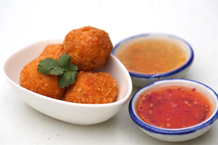VDO Green Curry Pork Balls
