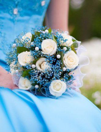 Blaue  Brautstrue  Heiraten mit brautde