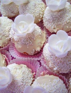 Julies Cakes1
