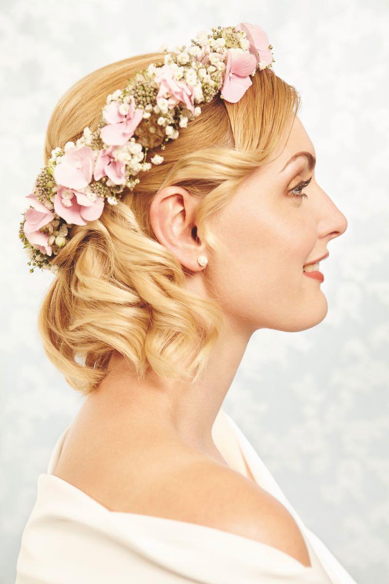 Brautfrisuren fr Brute mit kurzem Haarschnitt