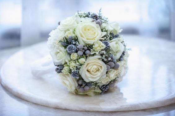 Blumen und Brautstrau nach Jahreszeit  Heiraten mit brautde