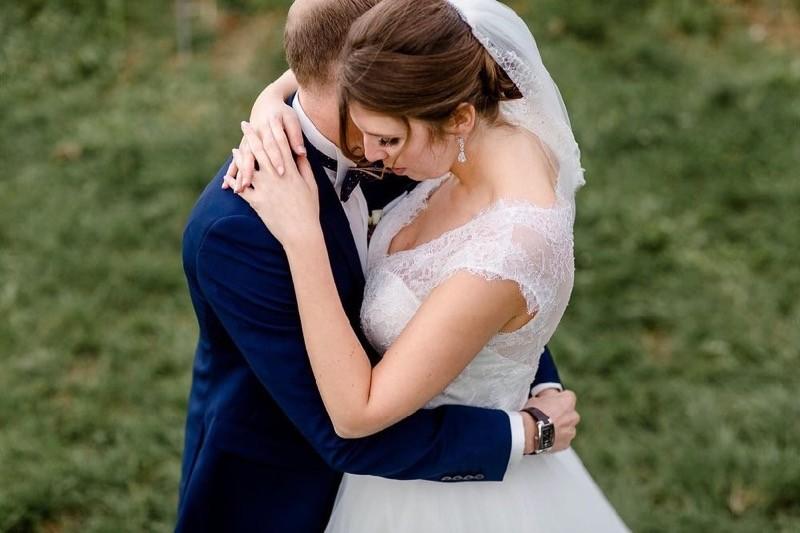 Sptsommerliche Mrchenhochzeit  Heiraten mit brautde