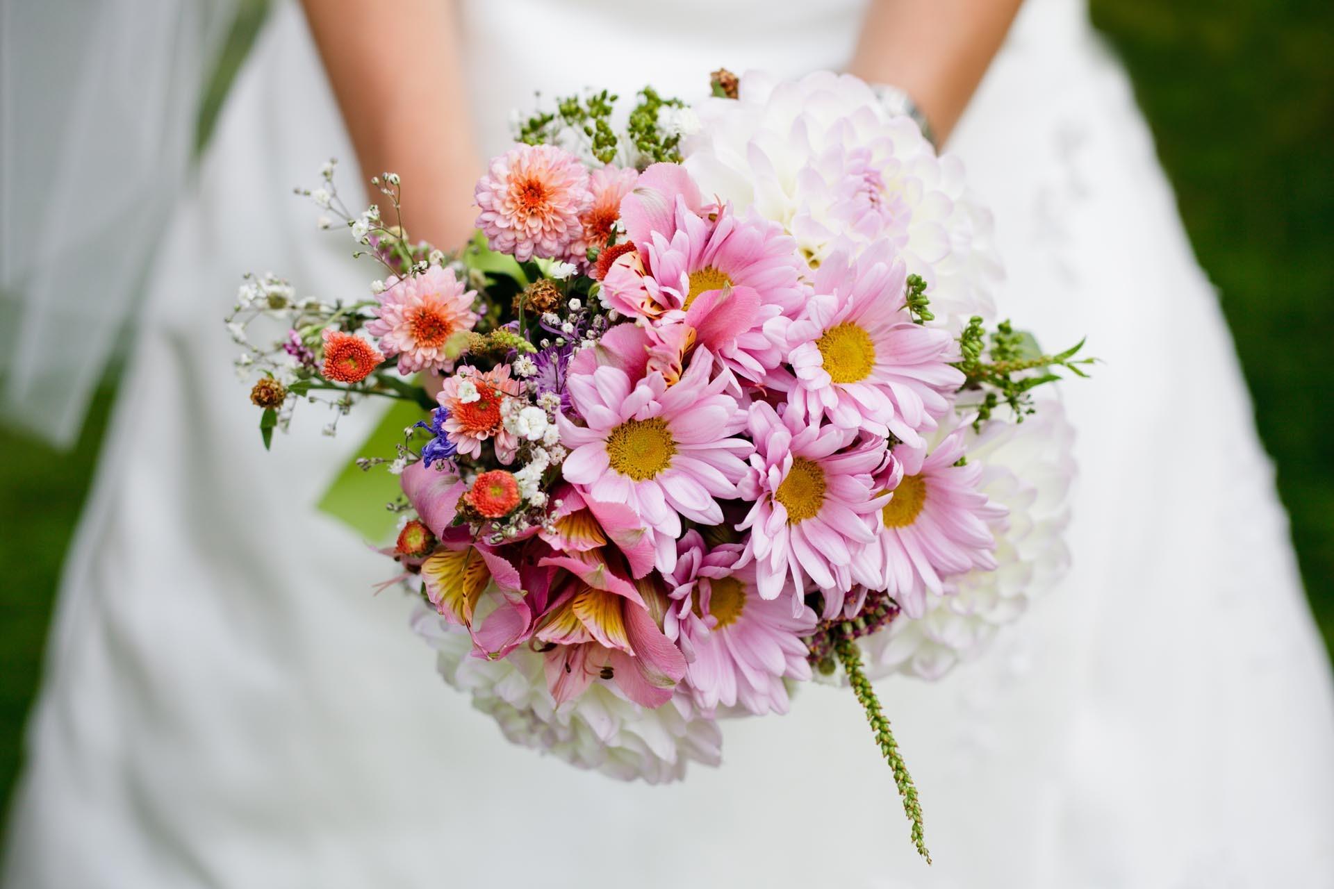 bunter Brautstrau  Heiraten mit brautde