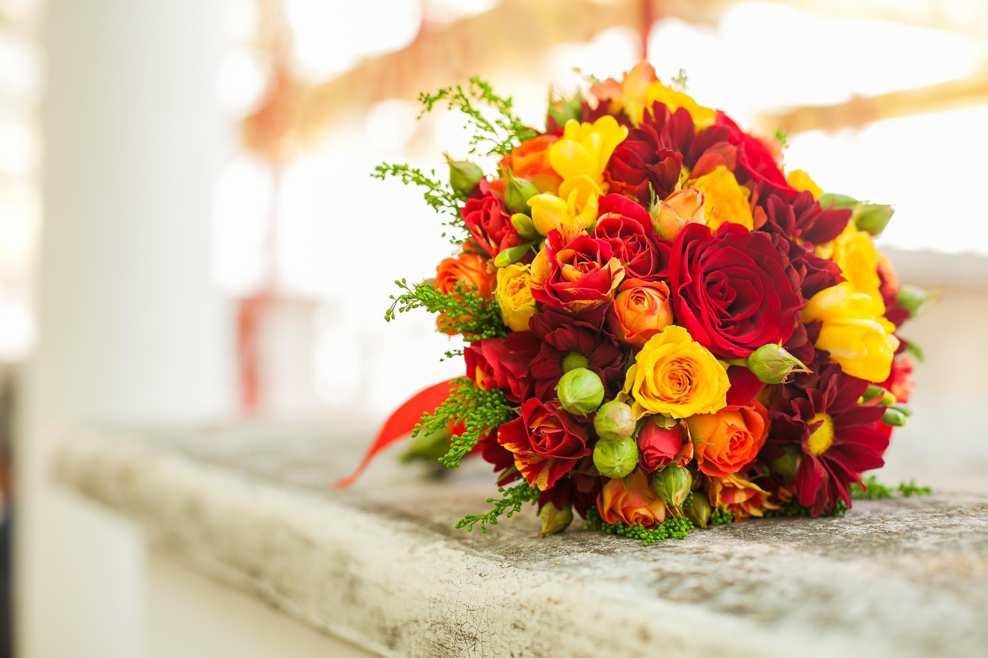 Brautstrau in Gelb und Rot  Heiraten mit brautde