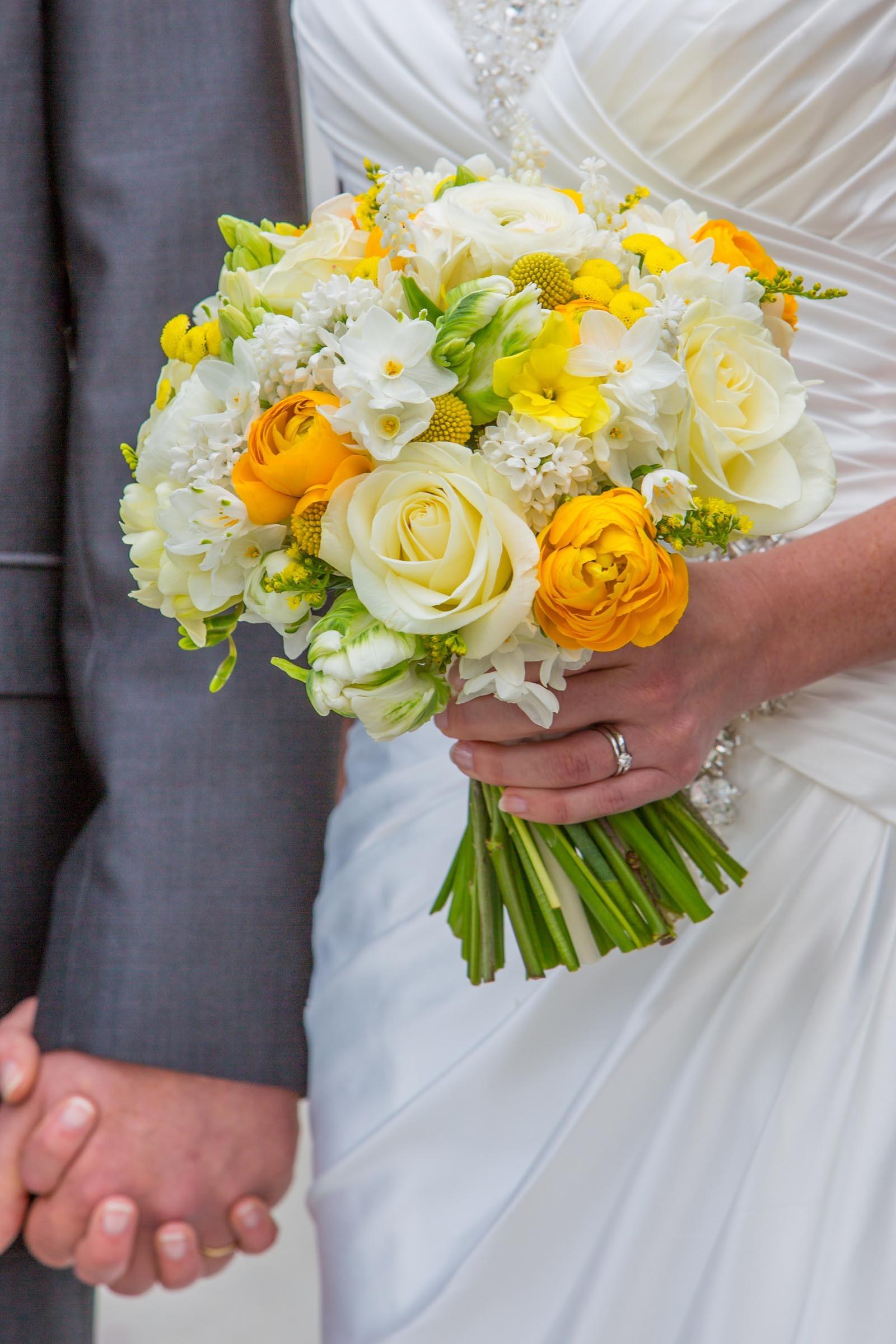 Brautstrau in Gelb und Wei  Heiraten mit brautde