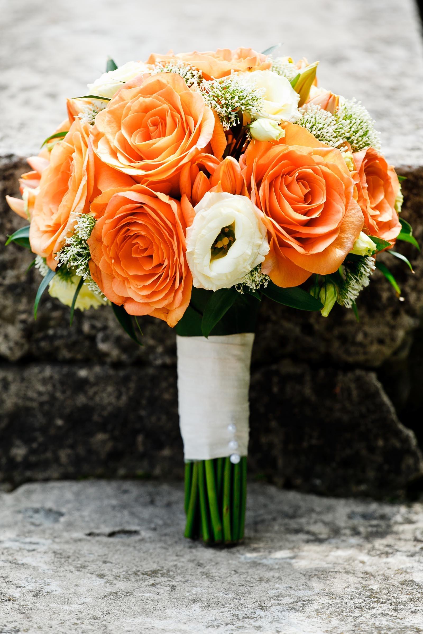 Brautstrau in Orange und Wei  Heiraten mit brautde