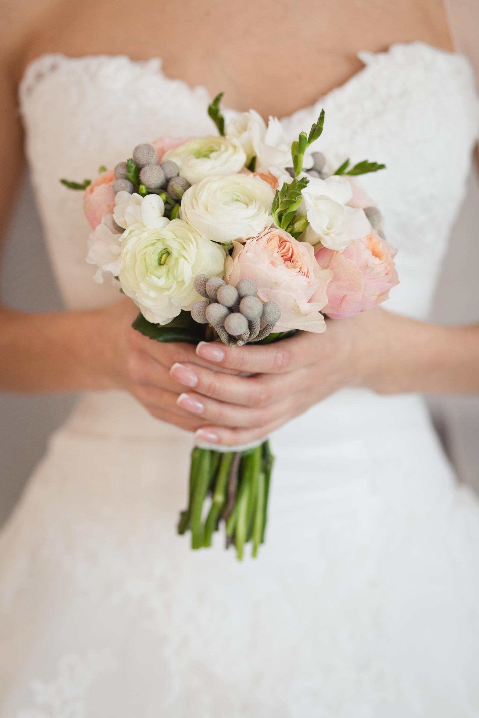 Brautstrau pastell mit Rosen  Heiraten mit brautde