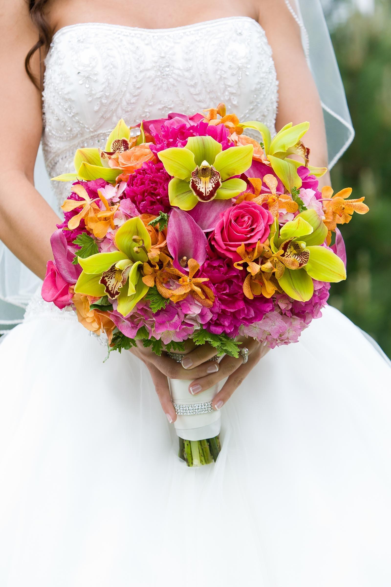 Brautstrau in Pink und Grn  Heiraten mit brautde