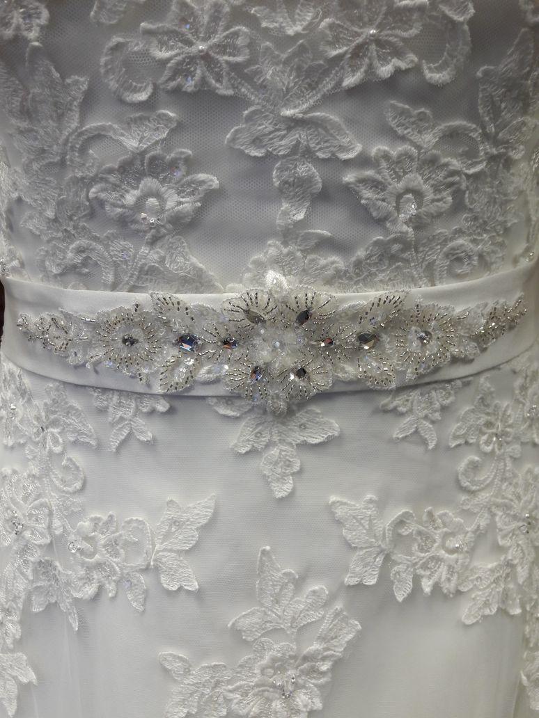 Klassische A  Linie mit Schleppe und Tllrock  Brautparadies Jordan