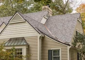faux-cedar-shake-roof