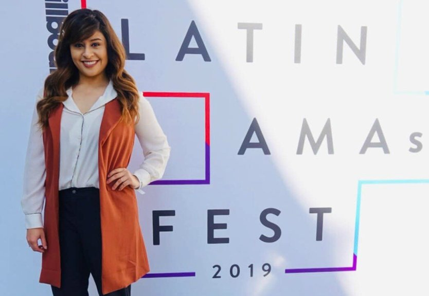 See What It's Like at a Press Event: Latin AMAs BTS With Me! (VIDEO)