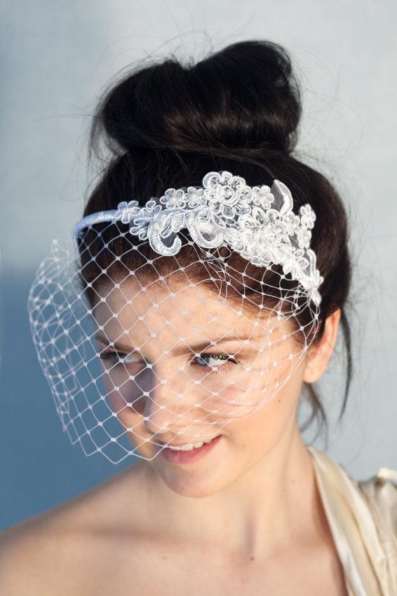 Fab Finds Modern Chic Bridal Birdcage Veils BravoBride