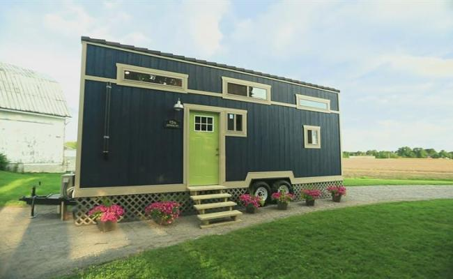 Watch Ep 1 Size Doesn T Matter The Best Of Tiny Houses