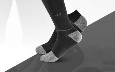 Boots On, Eyes On: Glovax MP Magic socks