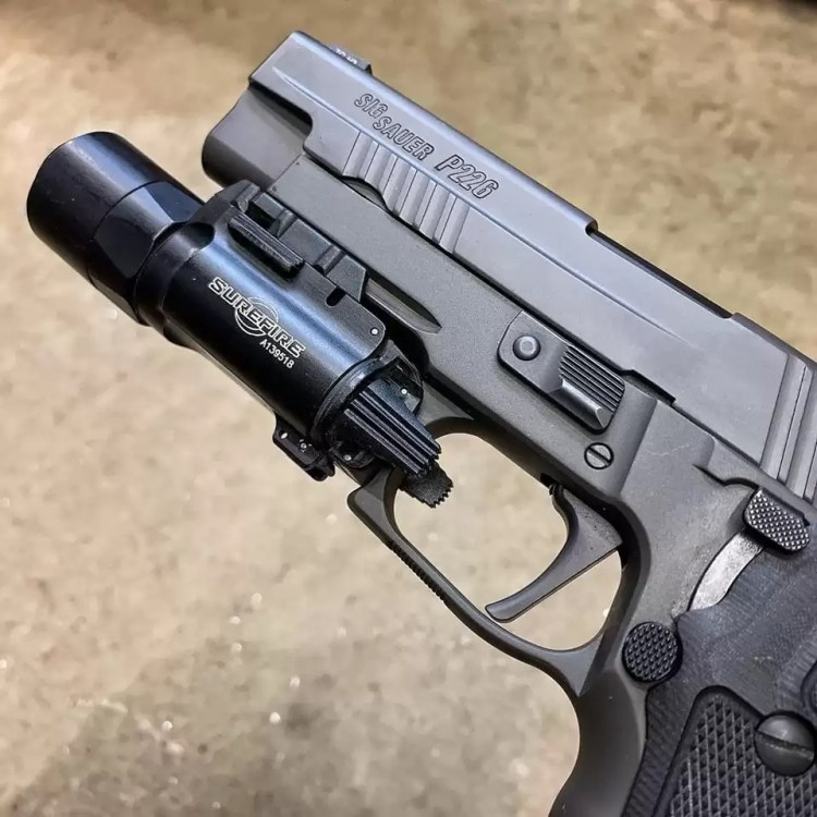 Weapon-light-switch-ARC SIG Gray Guns