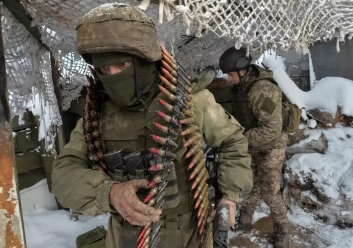 Ukrainian soldiers in Donbass (Reuters)