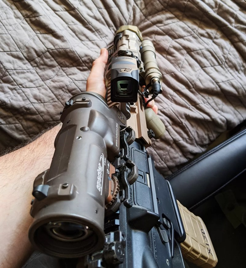 Reticle vs. laser disparity check on the CQB HK416: good to go.