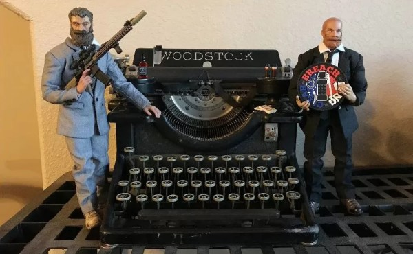 old school typewriter and the Mad Duo: NOT dolls...action figures!