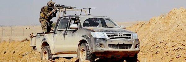 Car Gifts: Suitable for this technical truck NSTV modern gun truck in the desert