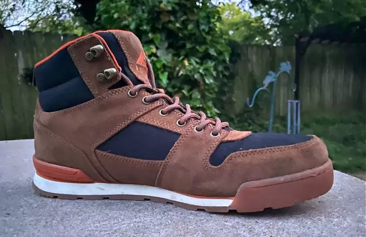 Ridgemont boot inner side profile