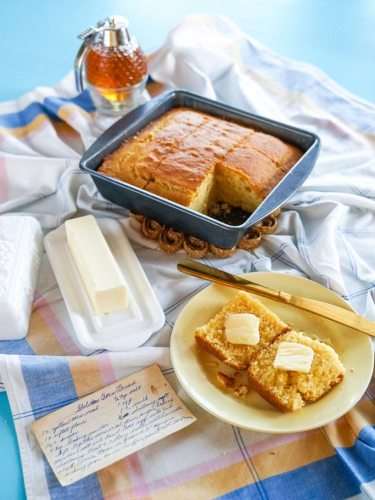 bake Golden Cornbread recipe from the past