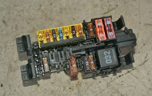 small resolution of mercedes c class fuse box a2059067200 w205 c250 cdi front fuse box 2016 breakeryard com