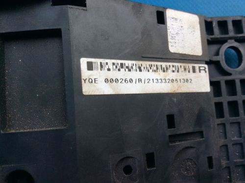 small resolution of land rover freelander engine bay fuse box part yqe000260
