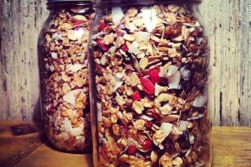 breakfastcriminals superfood granola