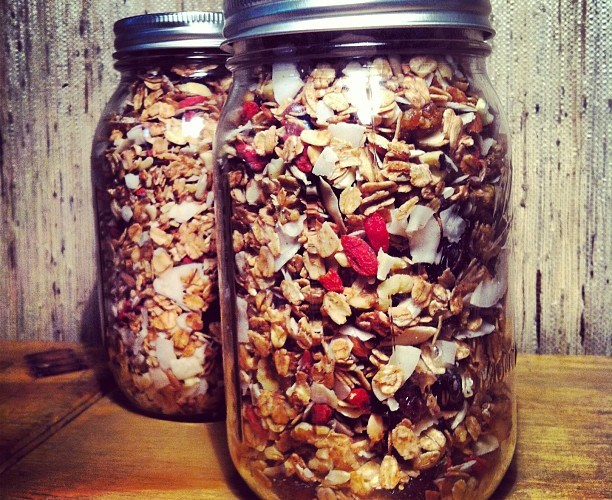 breakfastcriminals superfood granola