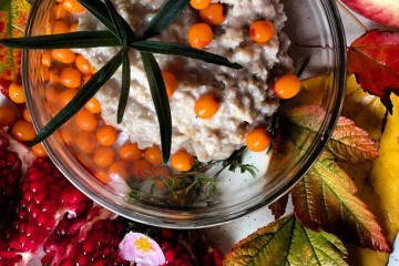 Delicious fall detox foods - oatmeal with sea buckthorn from the backyard  Breakfast Criminals