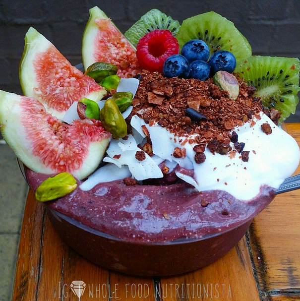 whole_food_nutritionista acai bowl recipe | Breakfast Criminals