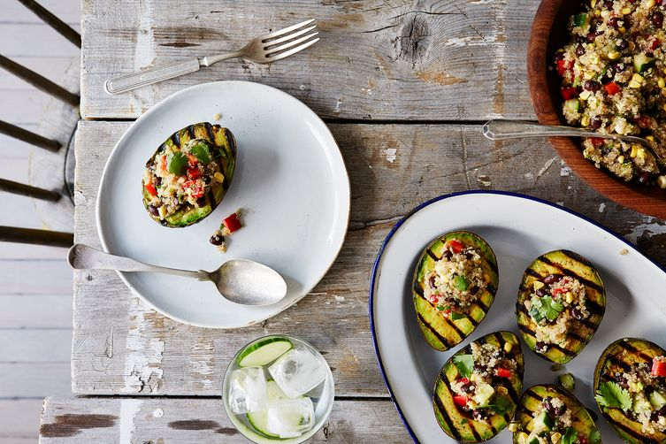 Grilled Avocado Halves with Cumin-Spiced Qiunoa and Black Bean Salad
