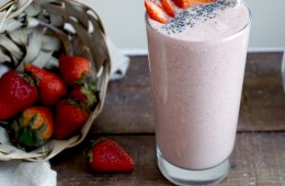 Vegan Strawberry Milkshake Recipe