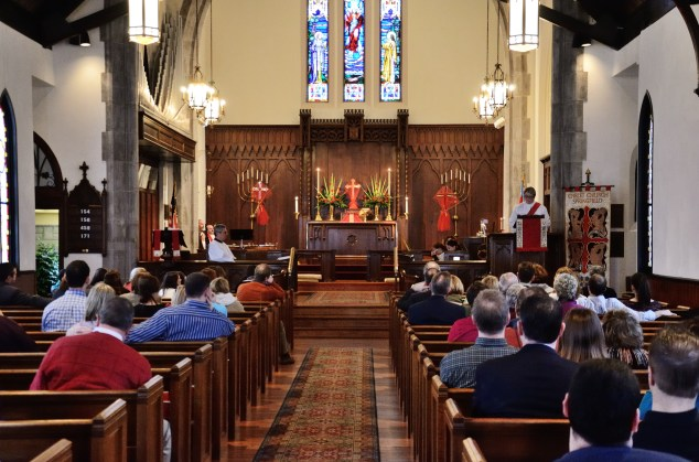 Deacon Anne giving the sermon