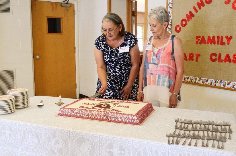 Rose Cottage Dedication - Cutting the Cake