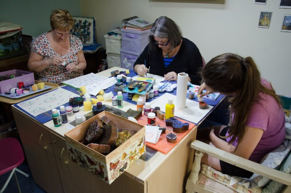 Jan, Ginger and Lanie do some crafting