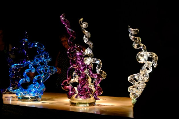 Photograph of Rotolo. Artist: Dale Chihuly. Chihuly in the Forest. Crystal Bridges Museum of American Art.