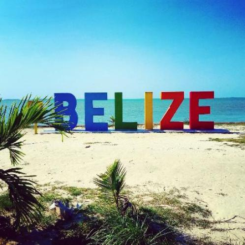 the-belize-sign-monument