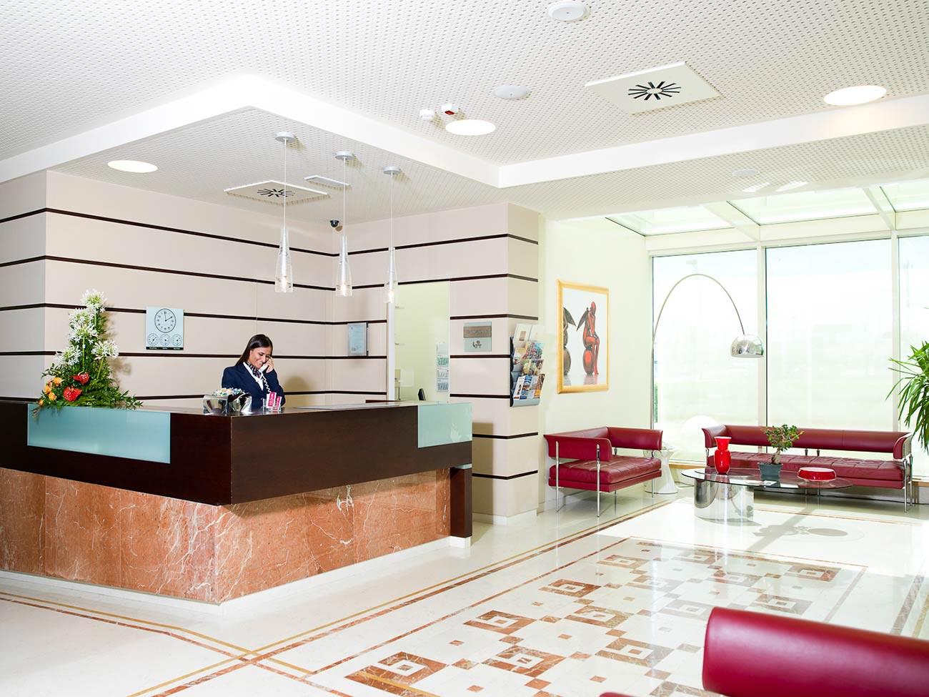 Mosciano sant'angelo (te)   italia. Breaking Hotel Abruzzo Giulianova Mosciano Teramo