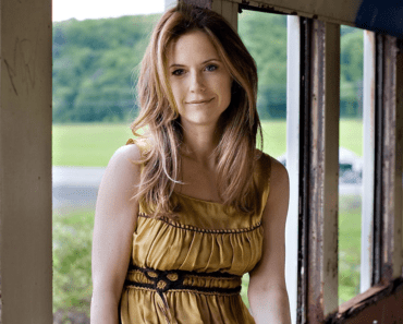 Kelly Preston Dies of Breast Cancer at 57: 'She Was a Bright, Beautiful and Loving Soul'